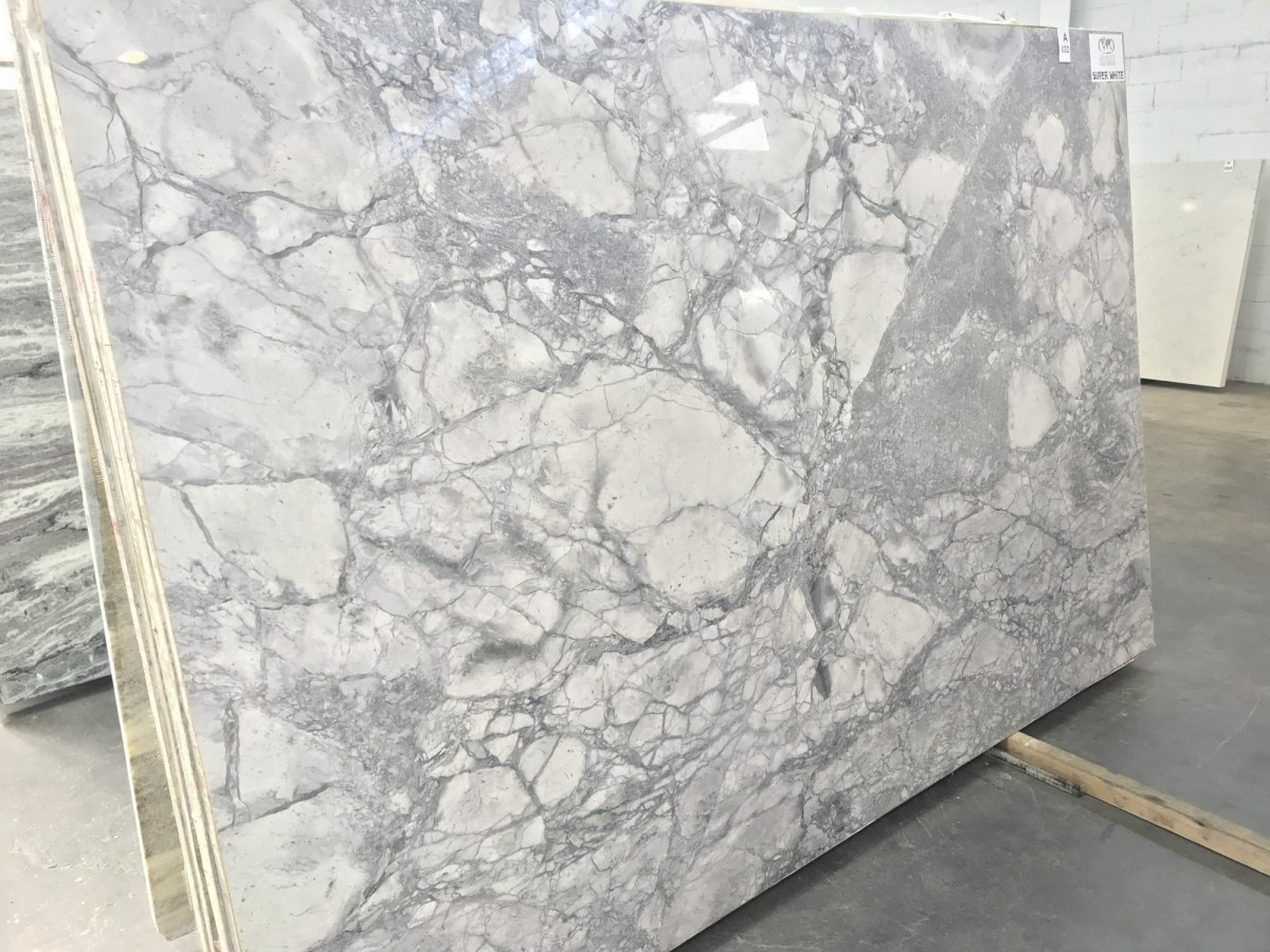 dolomite-super-white-01-inpires-granite-myrtle-beach-sc